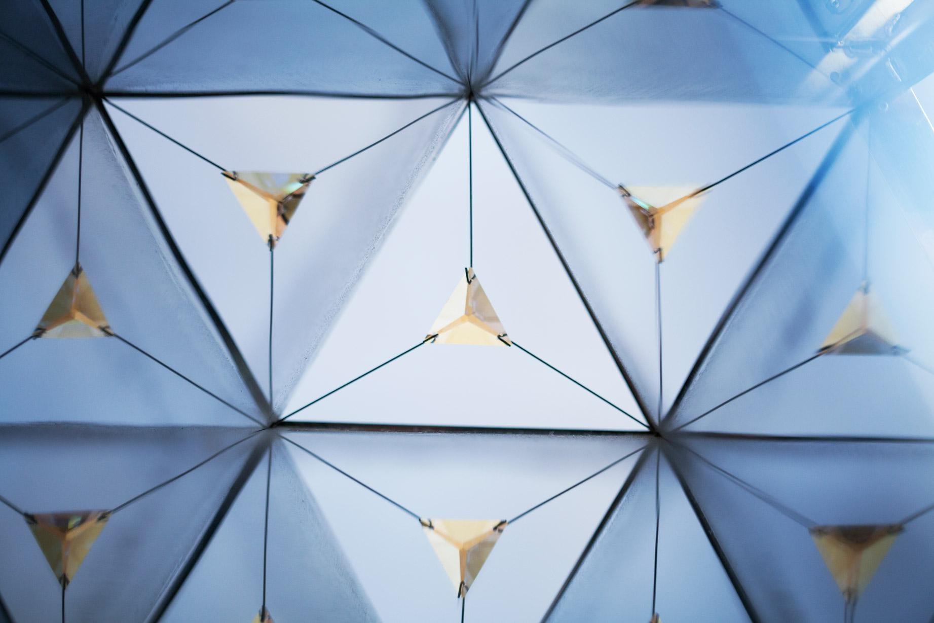hexalite by Zeinab Al Hashmei © glasshoppper (5)